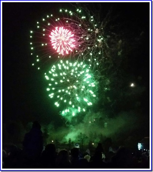 0423fireworks4