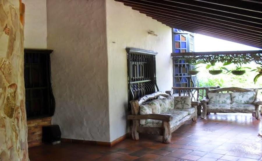 Casa Familiar Campestre en Conjunto Barroblanco en Piedecuesta