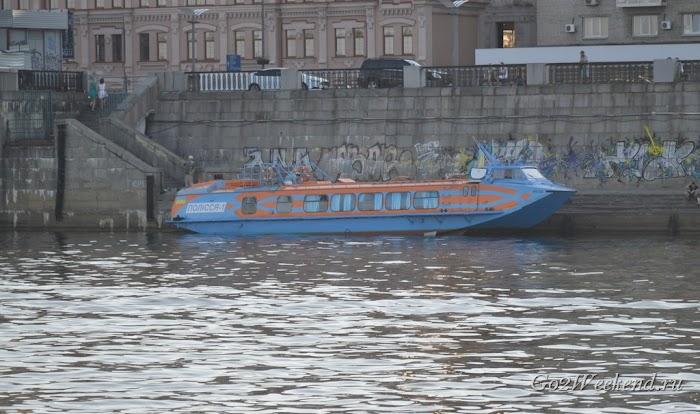 речные прогулки Киев