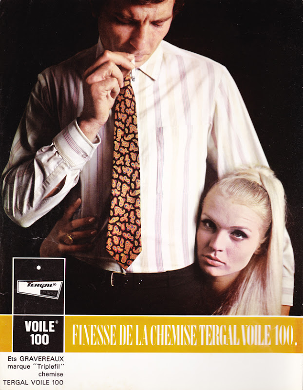 Publicité vintage : Finesse de la chemise Tergal voile 100 - Pour vous Madame, pour vous Monsieur, des publicités, illustrations et rédactionnels choisis avec amour dans des publications des années 50, 60 et 70. Popcards Factory vous offre des divertissements de qualité. Vous pouvez également nous retrouver sur www.popcards.fr et www.filmfix.fr   - For you Madame, for you Sir, advertising, illustrations and editorials lovingly selected in publications from the fourties, the sixties and the seventies. Popcards Factory offers quality entertainment. You may also find us on www.popcards.fr and www.filmfix.fr
