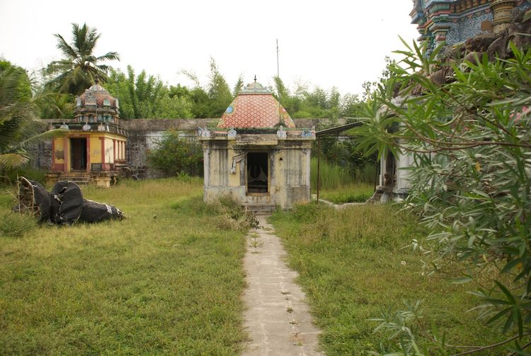 Sri Natrunaiyappar Temple, Thirunanipalli (Ponsei), Mayiladuthurai - 275 Shiva Temples