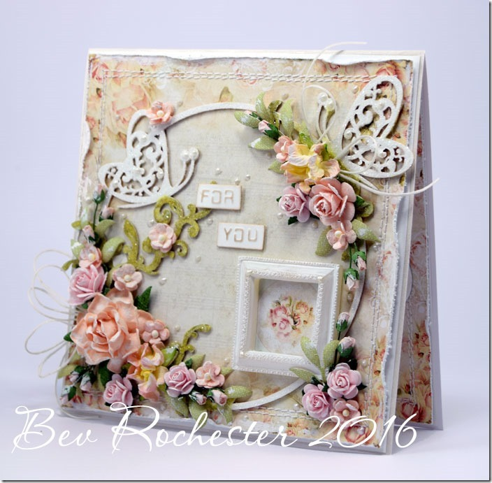bev-rochester-shabby-chic-woc-resin-frame3