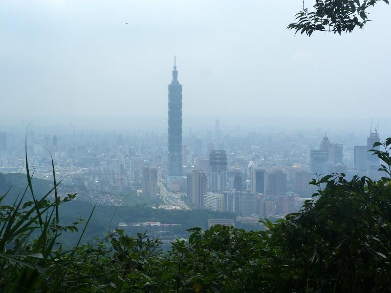 Taipei. Si Shou Shan, et la découverte des maisonnettes du professeur Y I   易教授 - P1340800.JPG