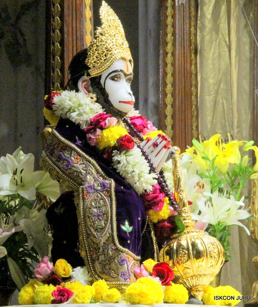 ISKCON Juhu Sringar Deity Darshan on 22nd Oct 2016 (33)