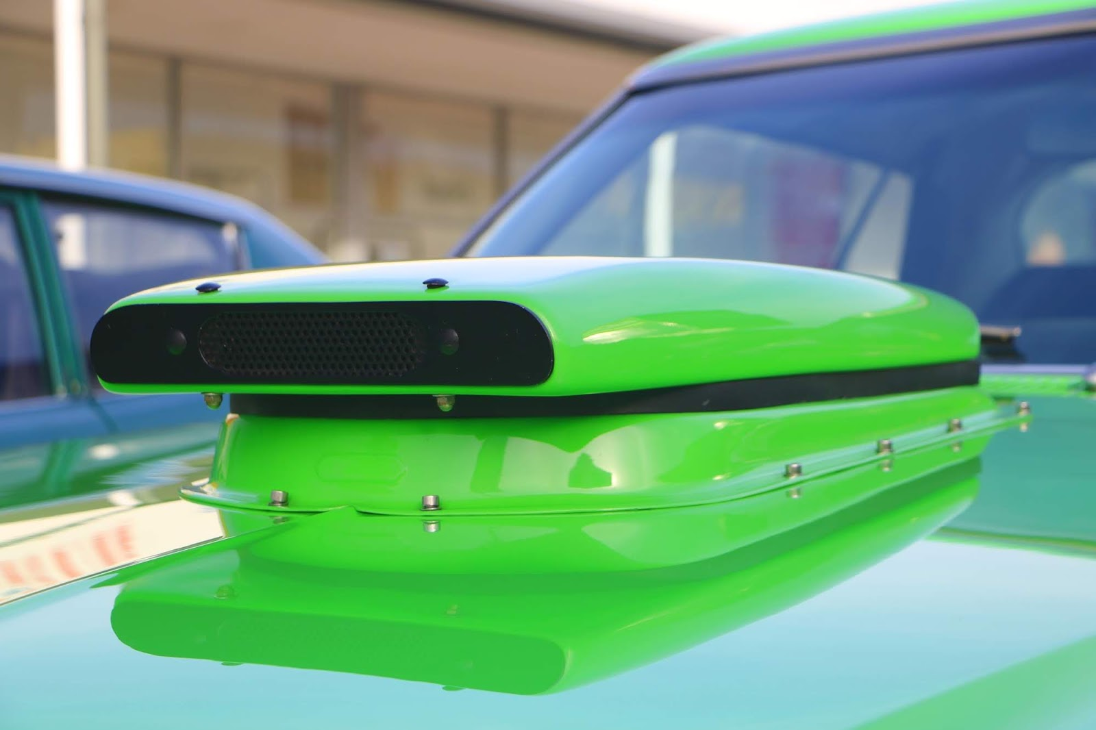_Detail - Holden HJ Monaro Hood Scoop.jpg