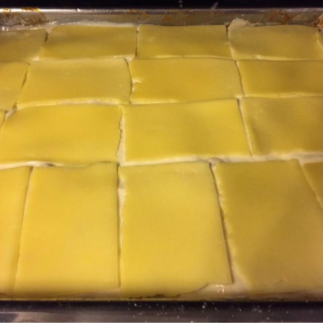 Lasagne vor dem Backen