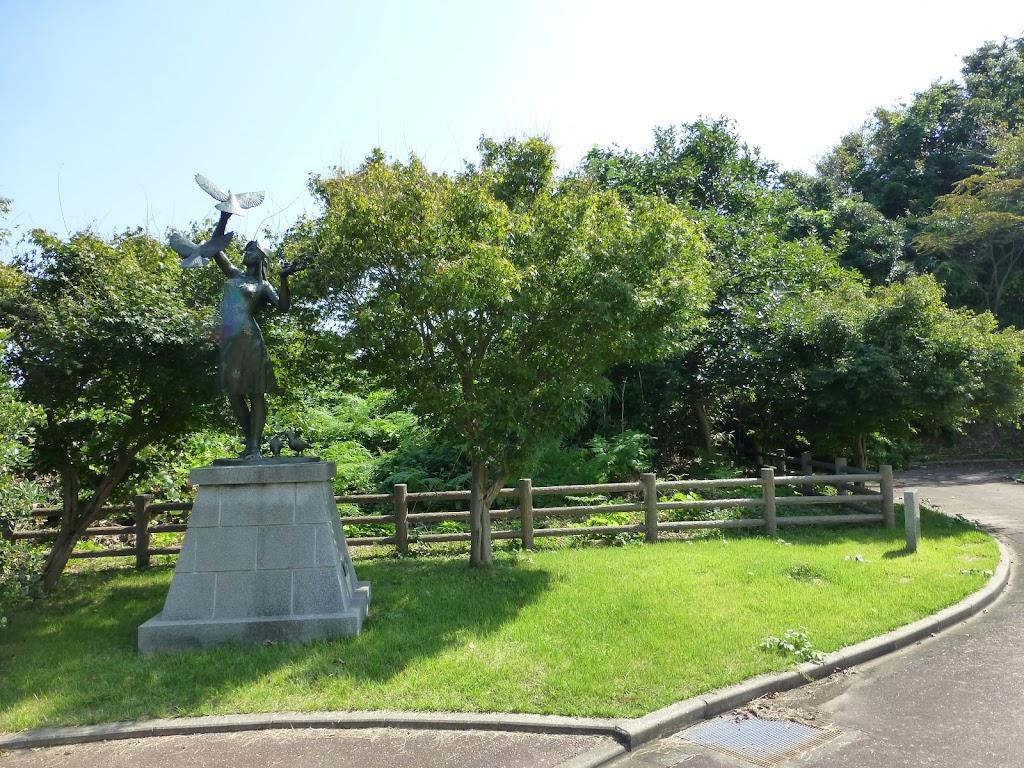 紅葉姫の銅像