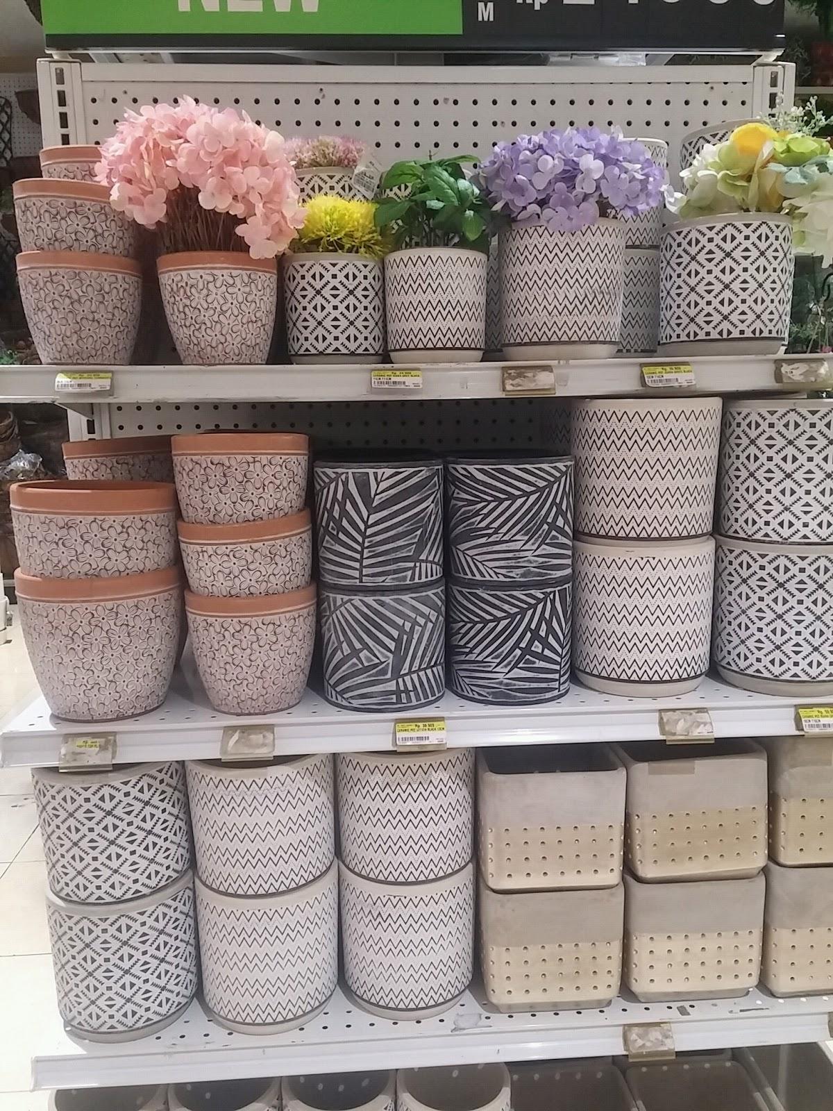 pot bunga keramik