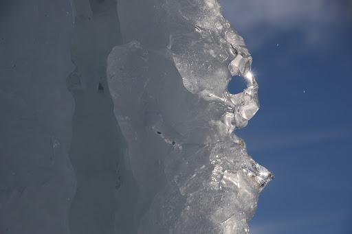 Detail vrcholového stĺpu Baranca
