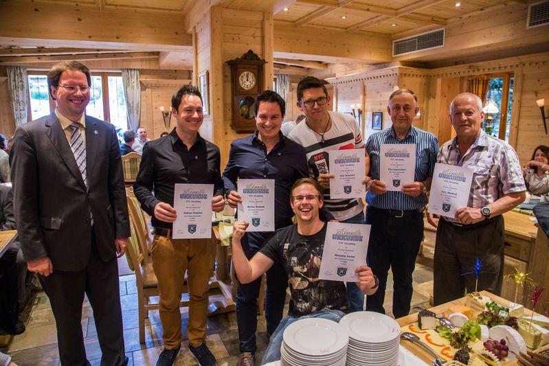 """""""70 Jahre TTC Straubing"""": Ehrung für 15-jährige Vereinszugehörigkeit"""