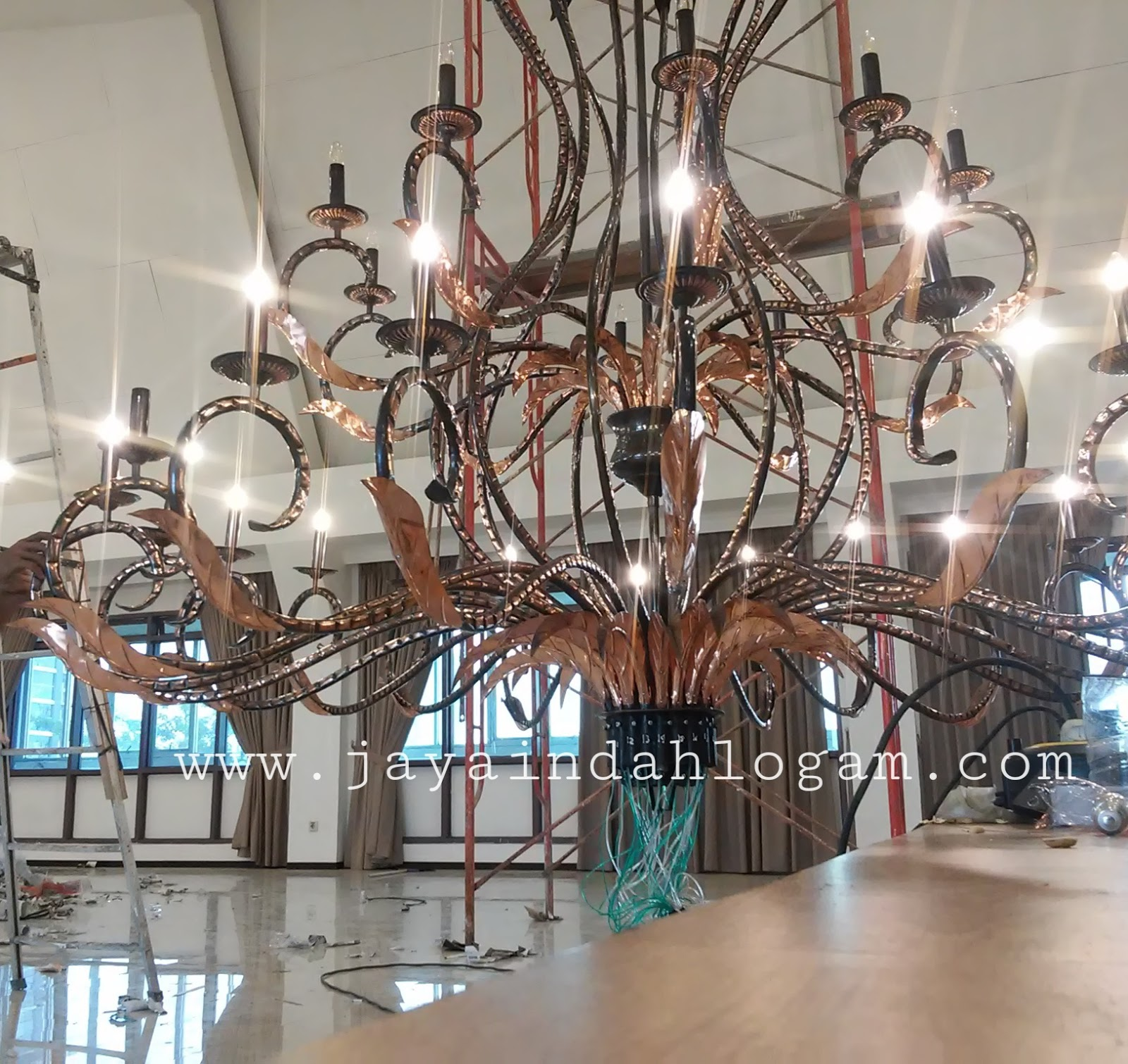 Lampu Robyong Tembaga atau lampu gantung tembaga