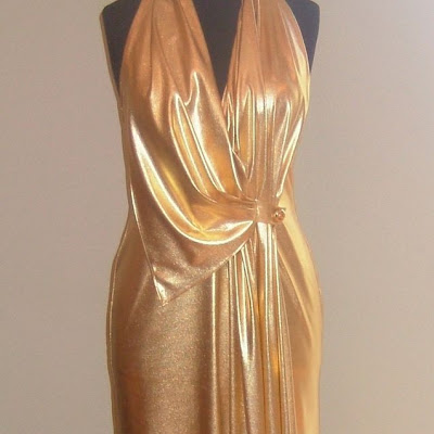 "Maitua - J-Lo inspired gold gown. (Won ""Best Dressed"" for the ball for Otahuhu College, 2009"