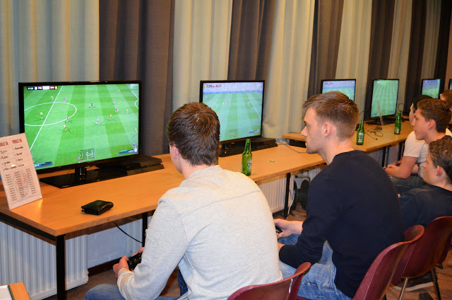 X-ICT FIFA tournament 03-04-2015 - DSC_0428%2B%2528Kopie%2529.JPG