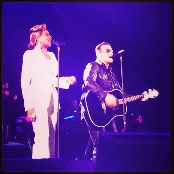 U2news Bono Y Mary J Blige Cantaron One Y Moment Of Surrender En La Gala De La Fundación Robin Hood En Nueva York