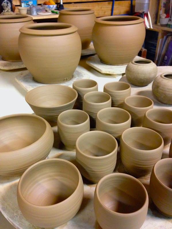 拉坯成型水缸杯子