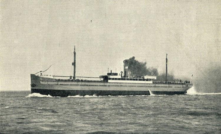 El vapor turret MAYO. Foto de la EL MUNDO NAVAL ILUSTRADO. Año 1.900.jpg