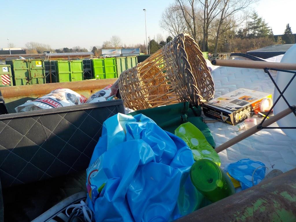 De Knetters op bezoek in het containerpark - DSCN0089.JPG