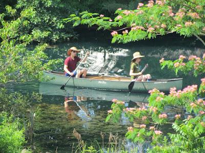 Rebecca & Daniel canoe Matthews Meadows pond
