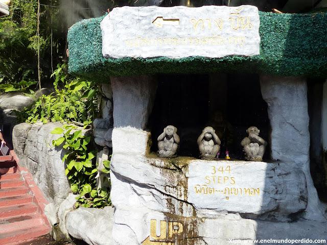 escalones-montaña-dorada-bangkok.JPG
