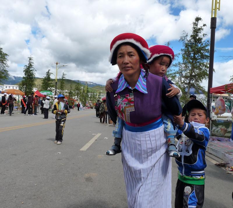 Chine. Yunnan.Shangri la Course hippique annuelle - P1250762.JPG