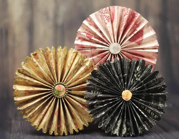 Folder paper fan medallions