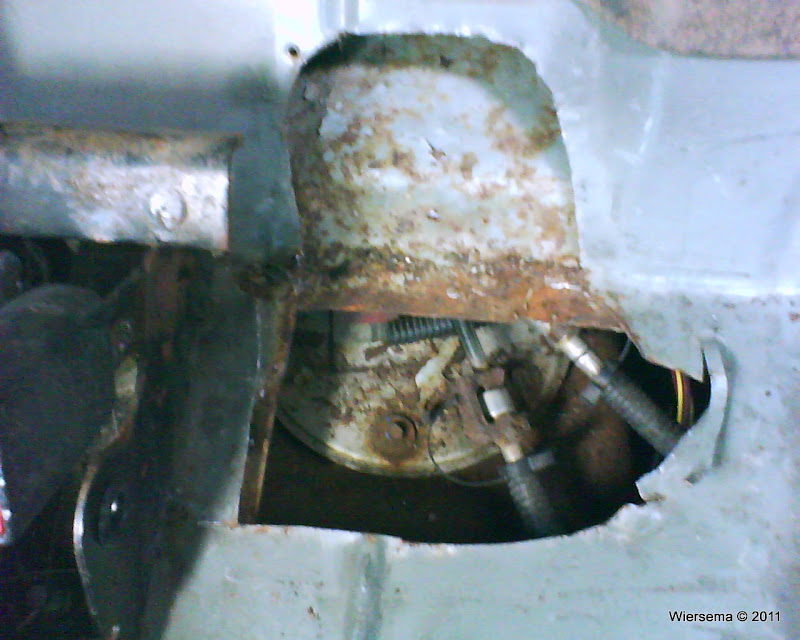 How To Fuel Pump Access Door Ford Explorer And Ranger Rhexplorerforum: 2007 Ford Explorer Gas Tank Location At Gmaili.net