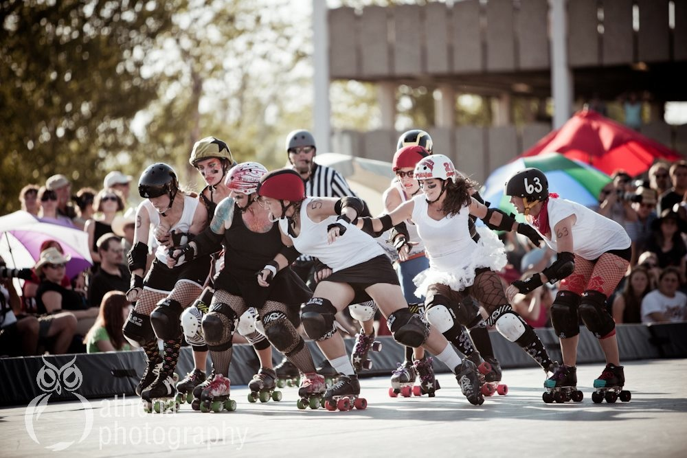 The Hellgate Rollergirls are on the brawl.
