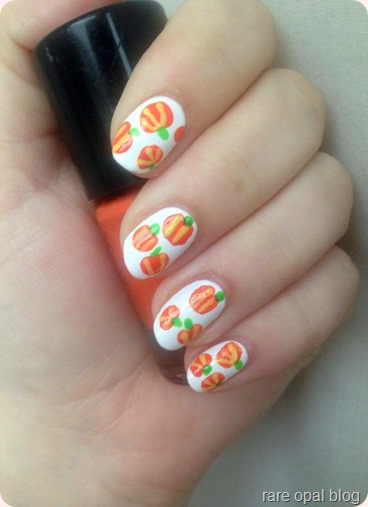 Shiny pumpkin nails