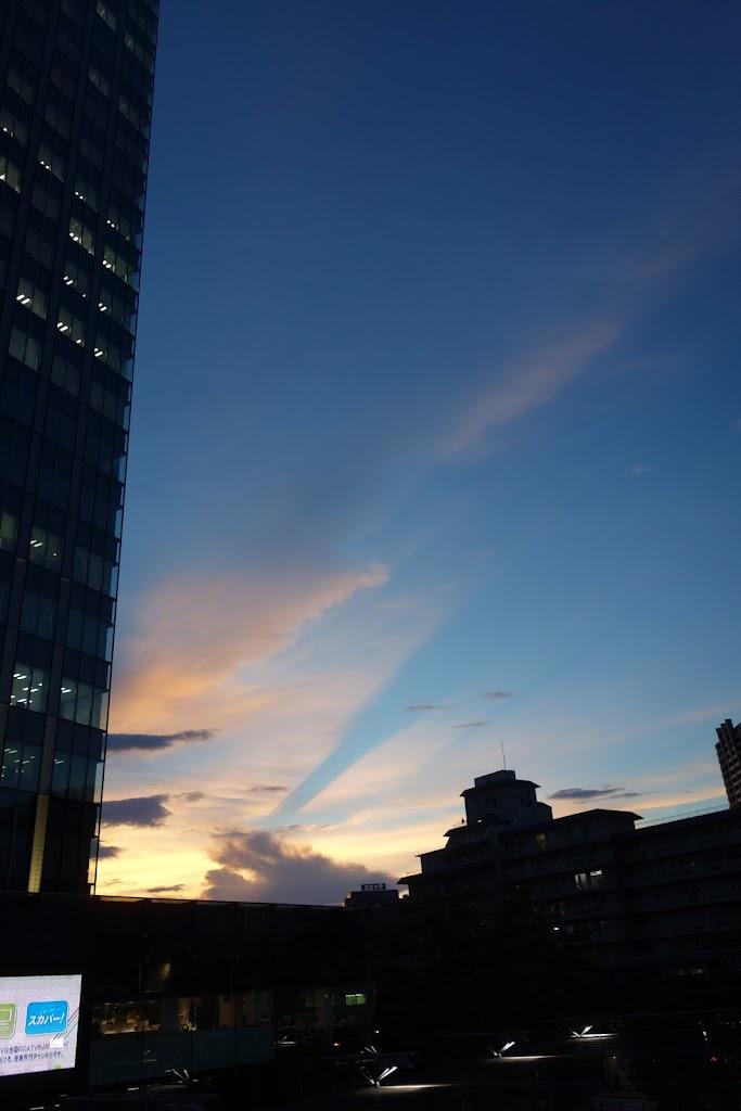 墳丘からの眺め   反薄明光線 2016年9月6日