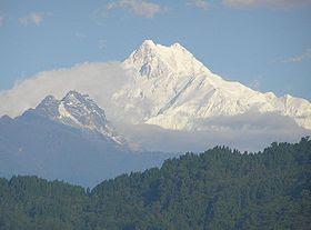 Kangchenjunga - 10 Gunung Tertinggi Dunia