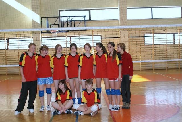 Zawody siatkarskie dziewczat 1 marca 2011 - DSC09368_1.JPG