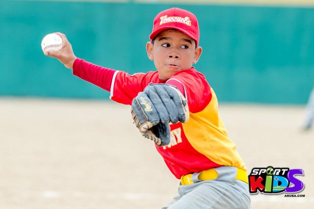 July 11, 2015  Serie del Caribe Liga Mustang.  Puerto Rico vs Venezuela 5-2 - base%2Bball%2Bpony%2BJuli%2B11%252C%2B2015%2Bbest%2Bshot%2Bby%2BKlabe%25CC%2581r-15.jpg