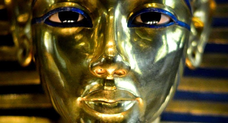 Group to sue over 'botched' Tutankhamun mask repair