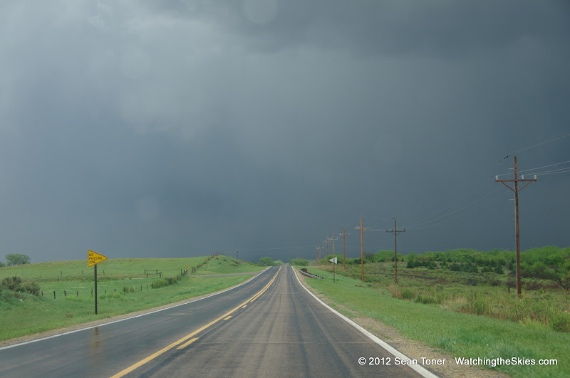 04-14-12 Oklahoma & Kansas Storm Chase - High Risk - IMGP0399.JPG
