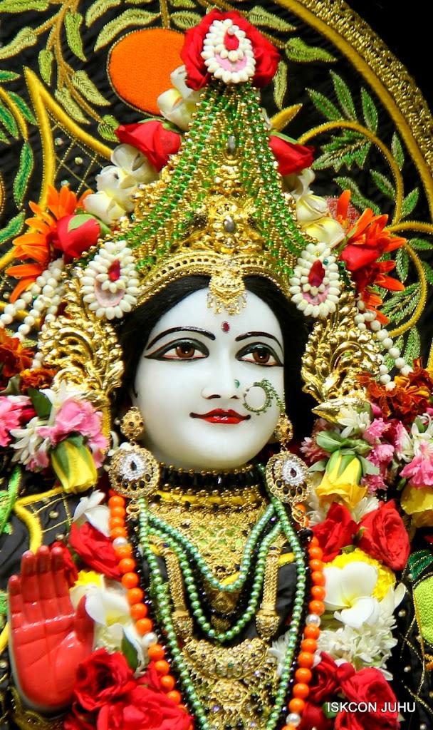 ISKCON Juhu Sringar Deity Darshan on 2nd July 2016 (30)