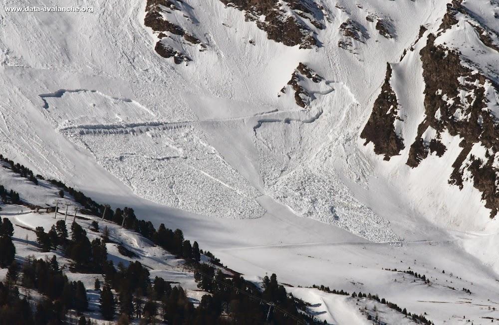 Avalanche Haute Maurienne, secteur La Norma, Domaine skiable fermé - Photo 1