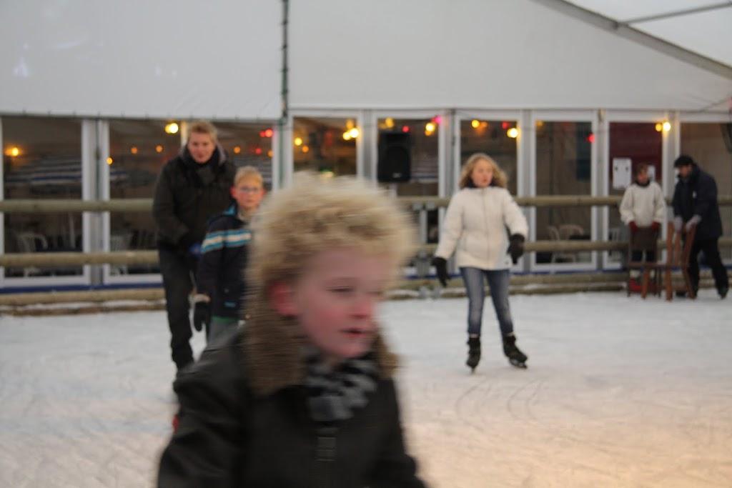 Sinterklaas bij de schaatsbaan - IMG_0330.JPG