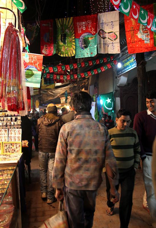 #Varanasilanes #Uttarpradeshtourism #travelblog