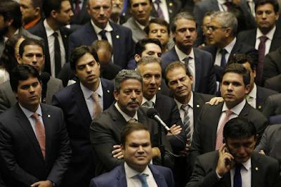 Centrão vai jogar pesado contra reeleição de Maia e Alcolumbre