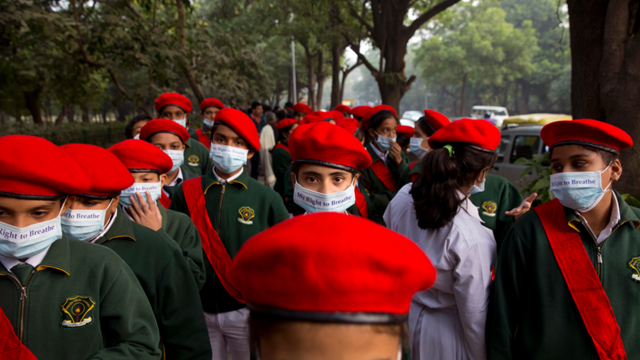 School children hold banners take out march to express their distress on the alarming levels of pollution in the city, in New Delhi, India, 15 November 2017. Thick smog has constricted India's capital this week, smudging landmarks from view and leaving residents frustrated at the lack of meaningful action by authorities. The air was the worst it has been all year in New Delhi, with microscopic particles that can affect breathing and health spiking to 75 times the level considered safe by the World Health Organization. Photo: Manish Swarup / AP Photo