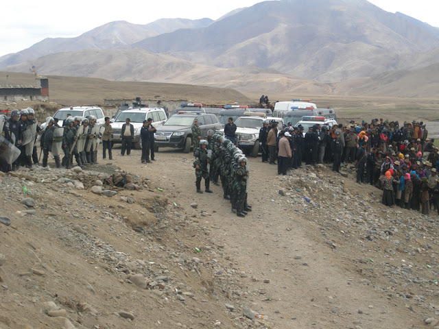 Dramatic Photos: Tibetans Detained After Anti-Mining Protest In Shigatse - Tibetans-Detained2.jpg