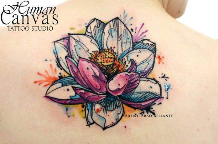esboçado_lotus_parte_superior_das_costas_tatuagem