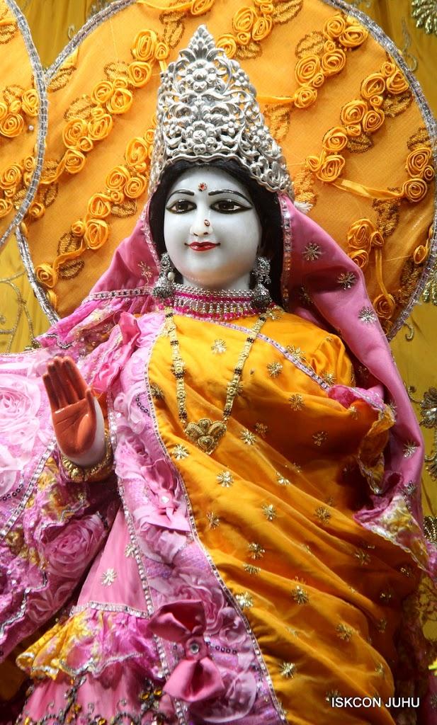 ISKCON Juhu Mangal Deity Darshan on 30th June 2016 (21)