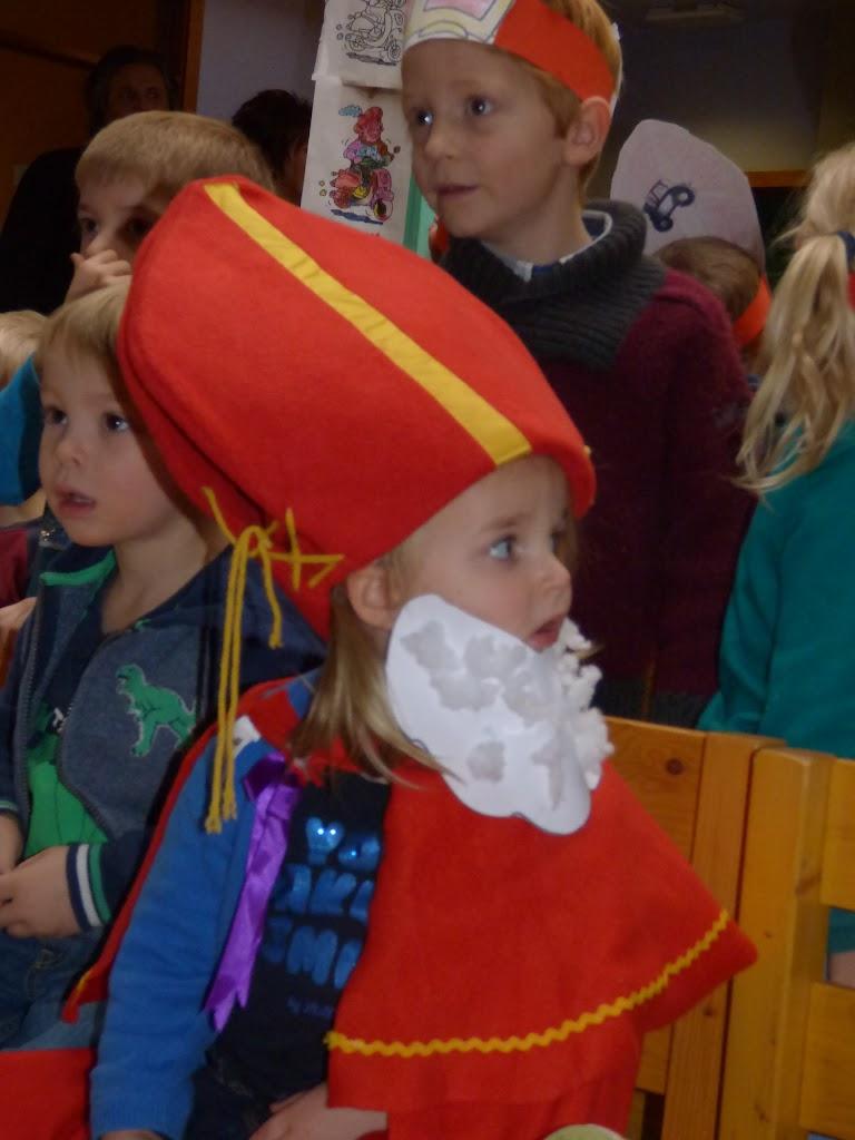 Sinterklaas op bezoek - P1060488.JPG