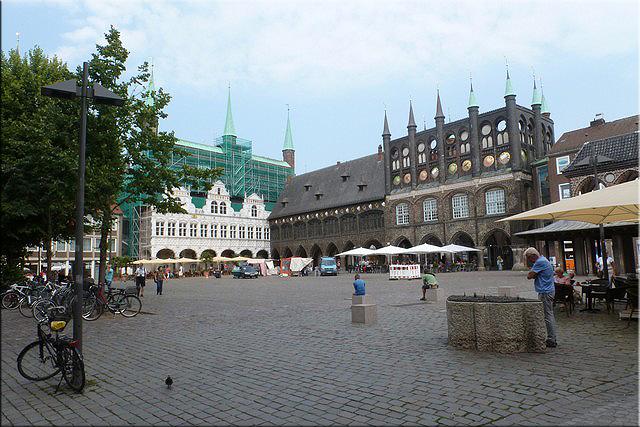 Plaza del mercado (Marktplatz) y el Ayuntamiento (Rathaus) - Lübeck