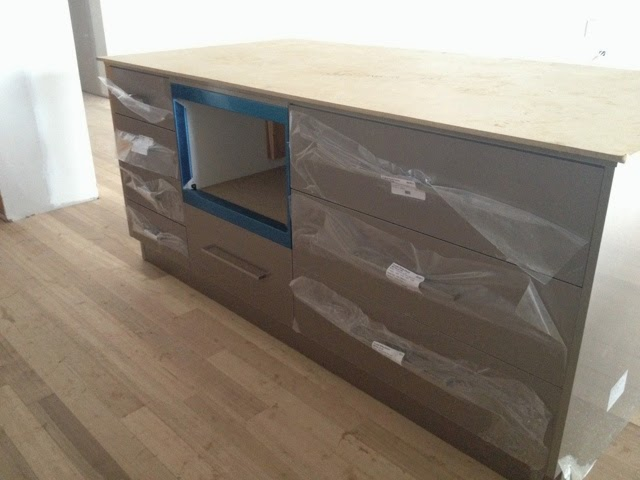crystalgloss palladium microwave island bench