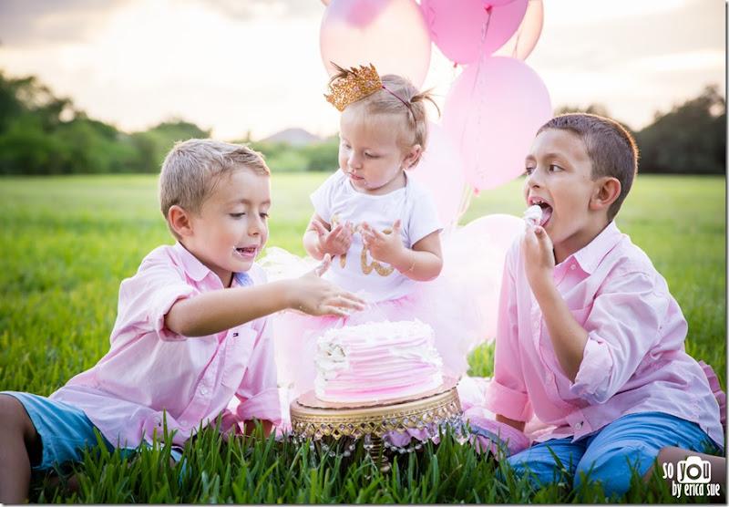 first-birthday-cake-smash-photo-session-pink-tutu-robbins-park-davie-fl-9460