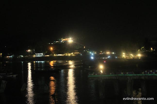 Menikmati Malam di Dermaga Pelelangan Ikan Pelabuhan Ratu