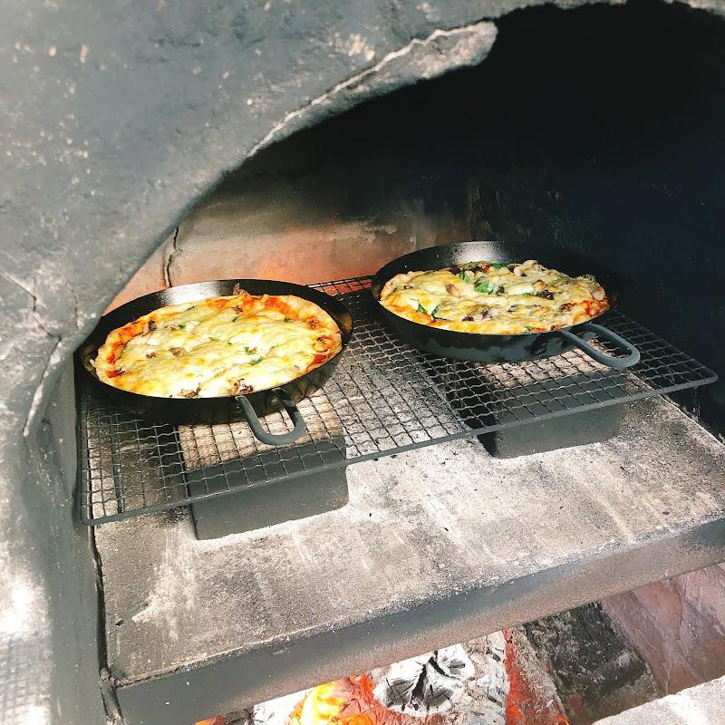 ピザ、絶対に美味いピザ