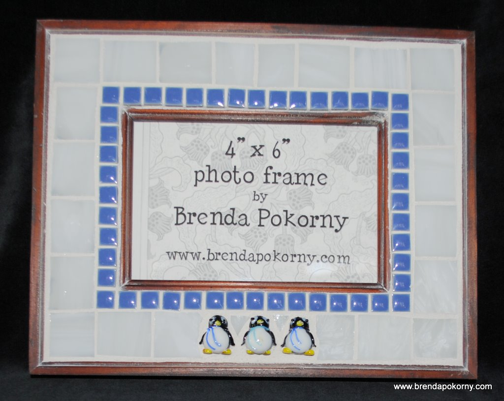 MOF1255 3 Happy Penguins Mosaic Photo Frame